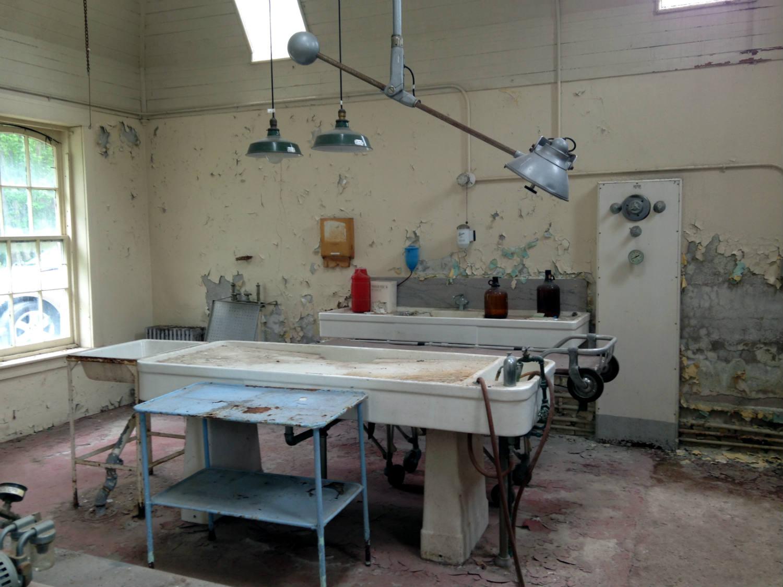 Lake Wales Care Center >> An Inside Tour of 'Willard Asylum for the Chronic Insane ...