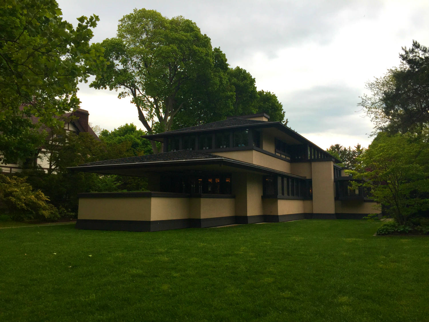 An inside tour of the boynton frank lloyd wright house of for Rochester house