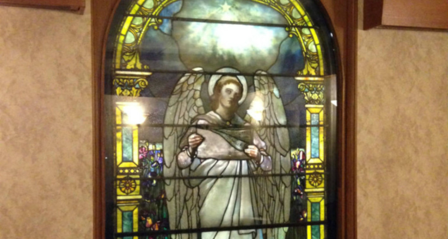 Louis Comfort Tiffany Angel in Rochester General Hospital - Featured Image