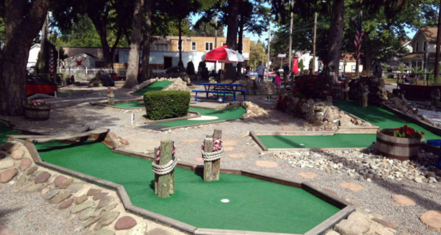 Whispering Pines Miniature Golf in Rochester, NY - Featured Image