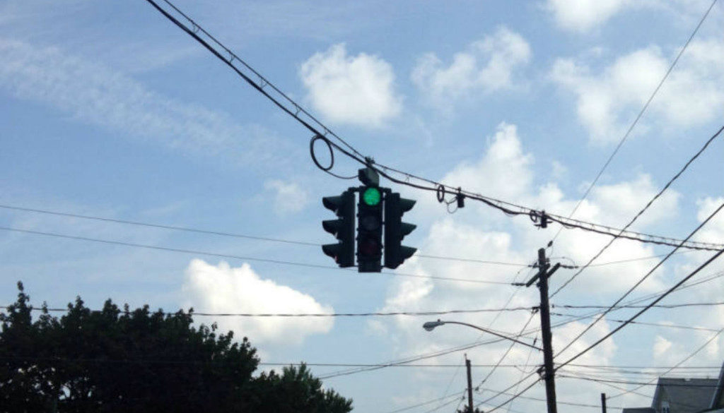 Upside Down Traffic Signal in Syracuse, NY - Featured Image