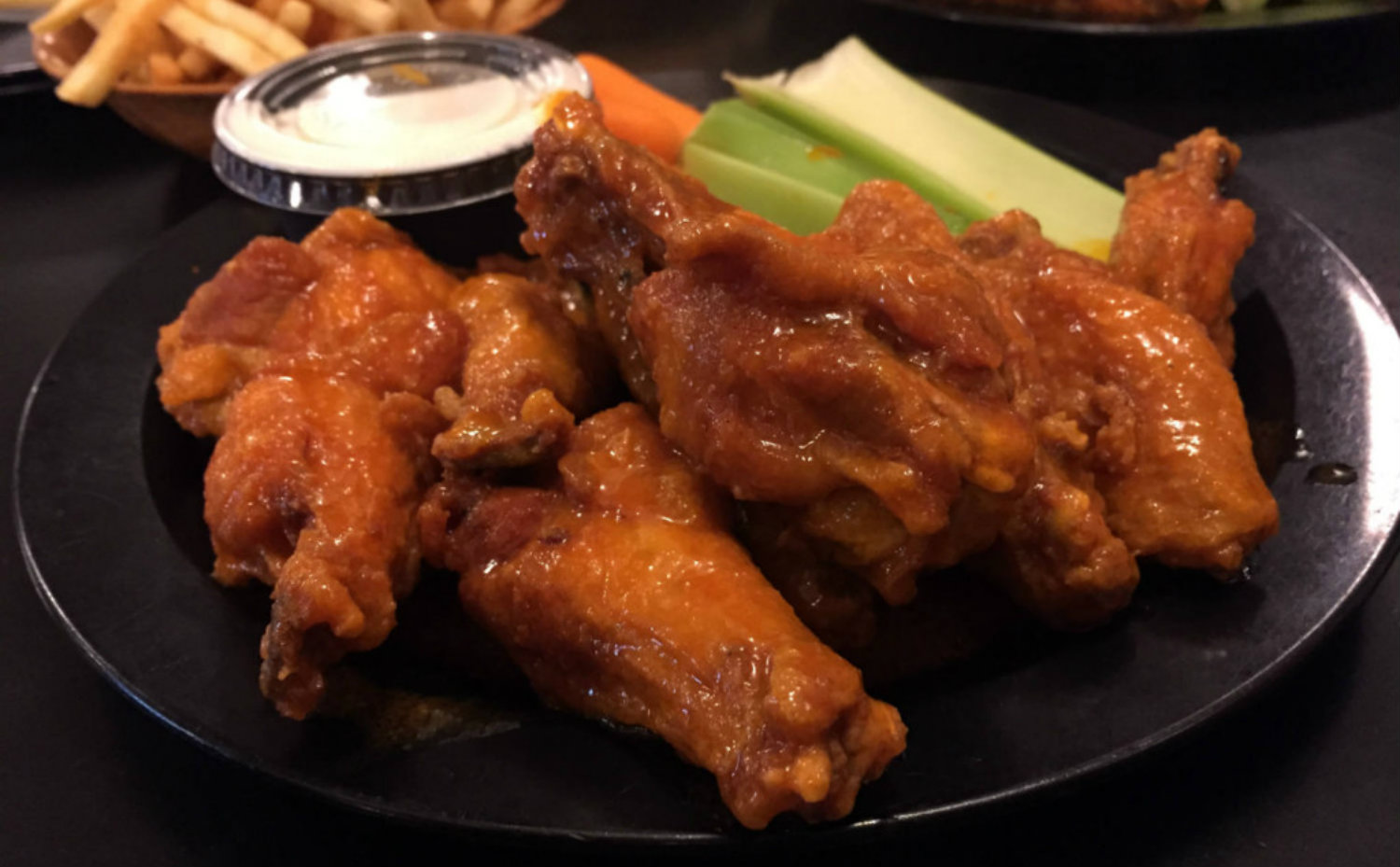 Duff's Famous Chicken Wings in Buffalo, NY - Featured Image