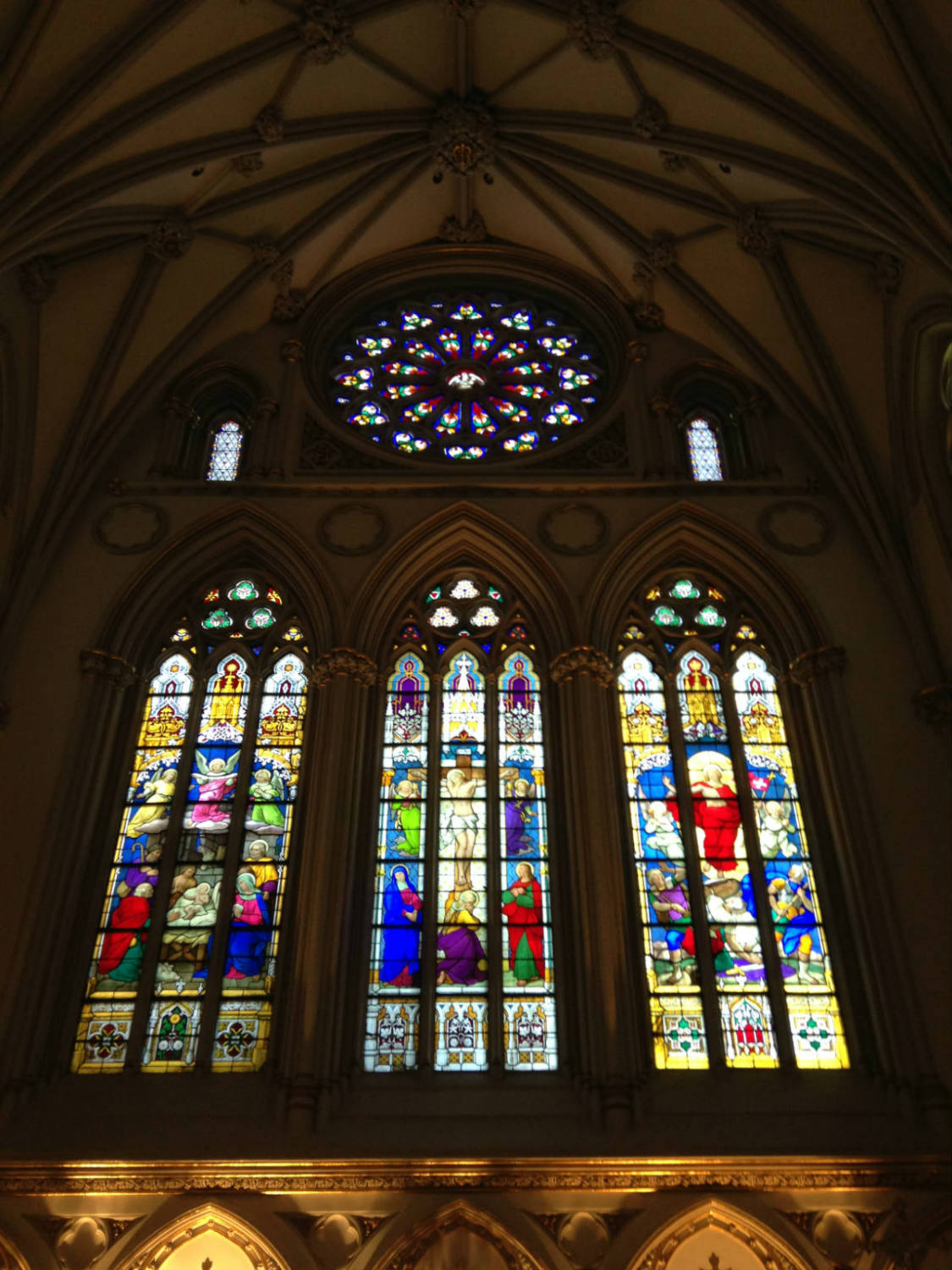 Rose Window and Glass in St. Joseph Cathedral Buffalo