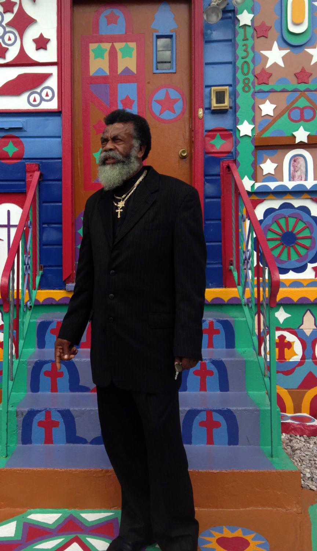 Prophet Isaiah and his Ontario Avenue Home in Niagara Falls