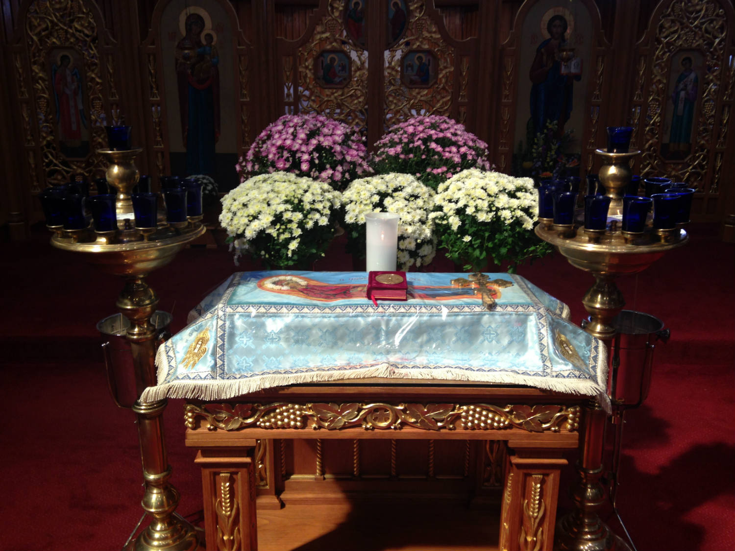 Nave Altar inside St. Josaphat's Church in Rochester