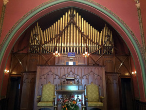 Organ Pipes in the Pullman Memorial Universalist Church in Albion