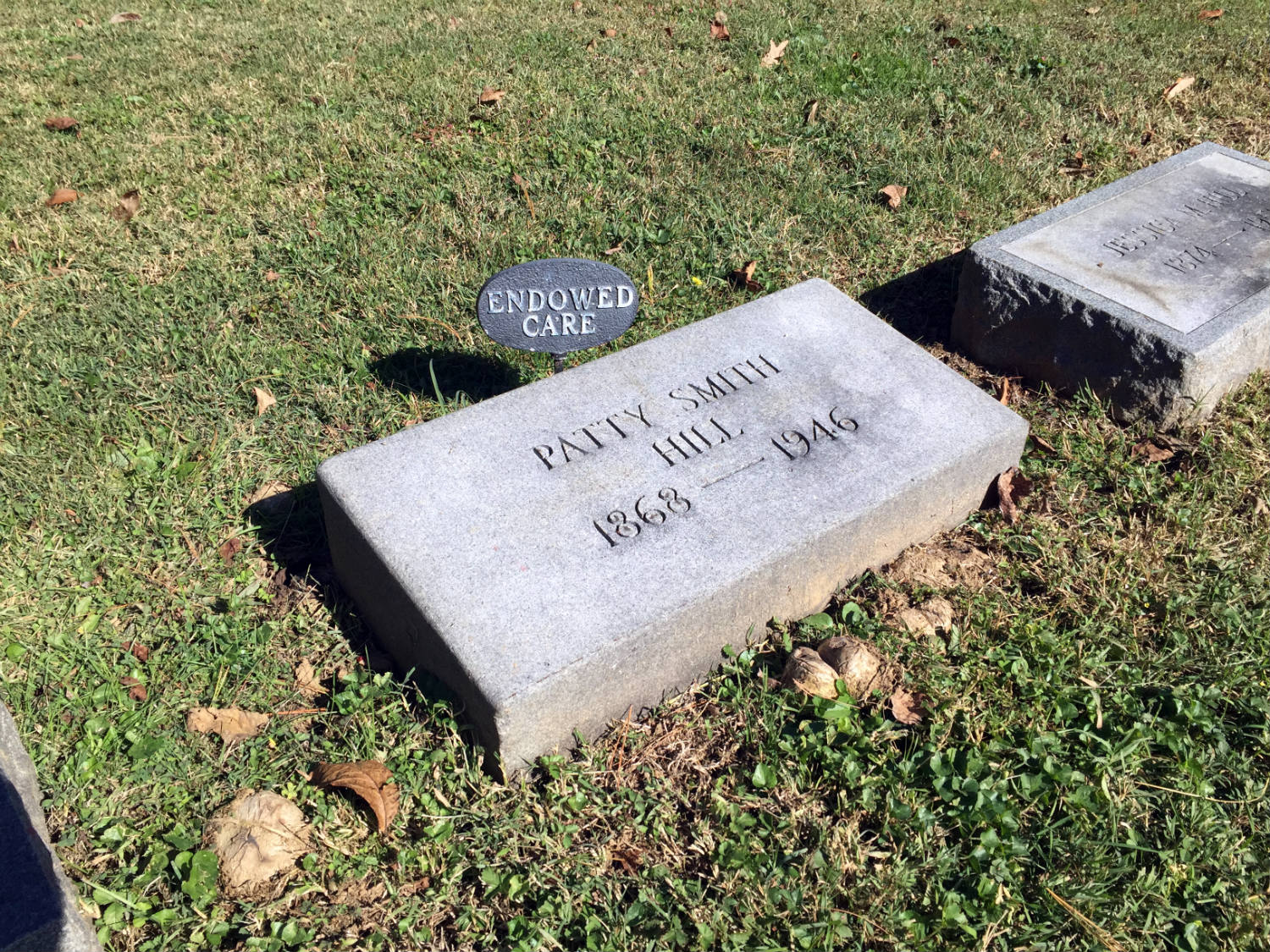 Grave of Patty Hill Smith in Cave Hill Cemetery in Louisville, Kentucky