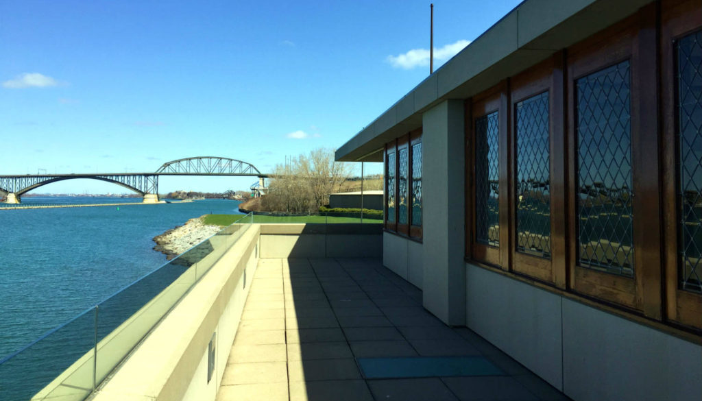 Frank Lloyd Wright Fontana Boathouse - Featured Image