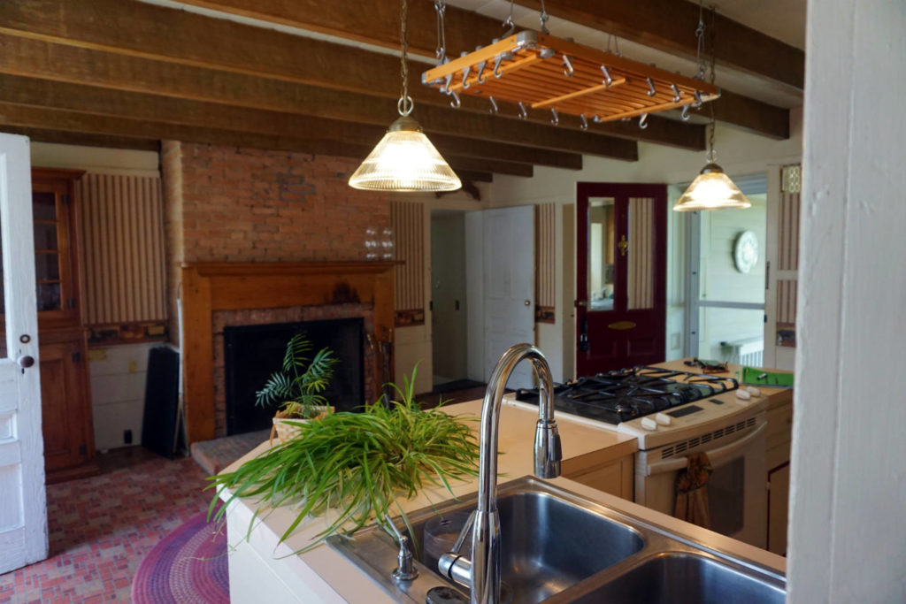 Kitchen at the Barden Cobblestone Home In Penn Yan, New YorkKitchen at the Barden Cobblestone Home In Penn Yan, New York