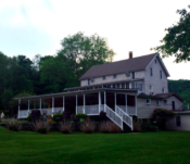 Lazy Pond Bed and Breakfast in Catskills