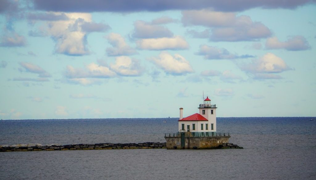 Oswego West Pierhead Lighthouse - Featured Image