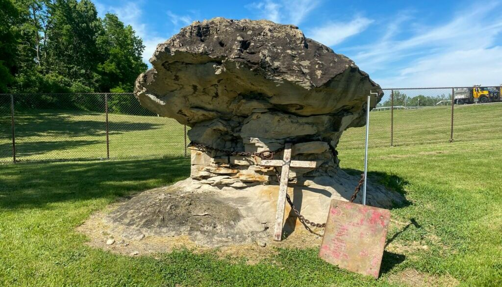 Devil's Rock in Batavia - Featured Image